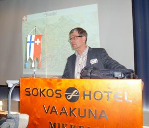 Seppo Haario vei mikkeliläisyleisön elämysmatkalle Alpeille.