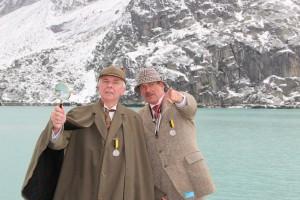 Sherlock Holmes seurapiirin jäsenet eläytyvät ihailemiinsa roolihahmoihin Sveitsin Meiringenissa.