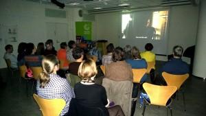 Mielenkiintoista filmiä seurasi yhteensä 24 Sveitsin Ystävien ja Schweizerklubin jäsentä