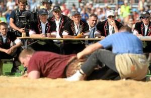 Tuomaristo arvioi urheilusuoritusta