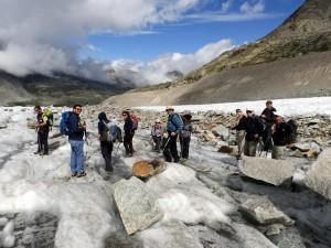 Liukuesteet on laitettu jalkaan Pers-jäätiköllä