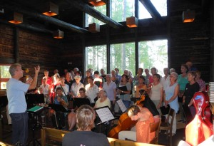 Konsertti Riihikirkossa. Kuoronjohtajana Beat Wälti. Kuva: Arnold von Lerber