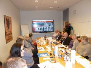 Kokoukseen osallistui yhdeksän paikallisosaston edustajia